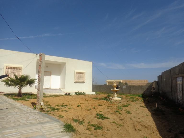 une belle villa avec jardin à la campagne de hammamet