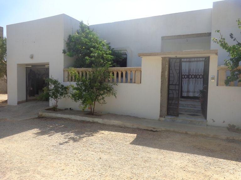 Belle villa à Mrézga