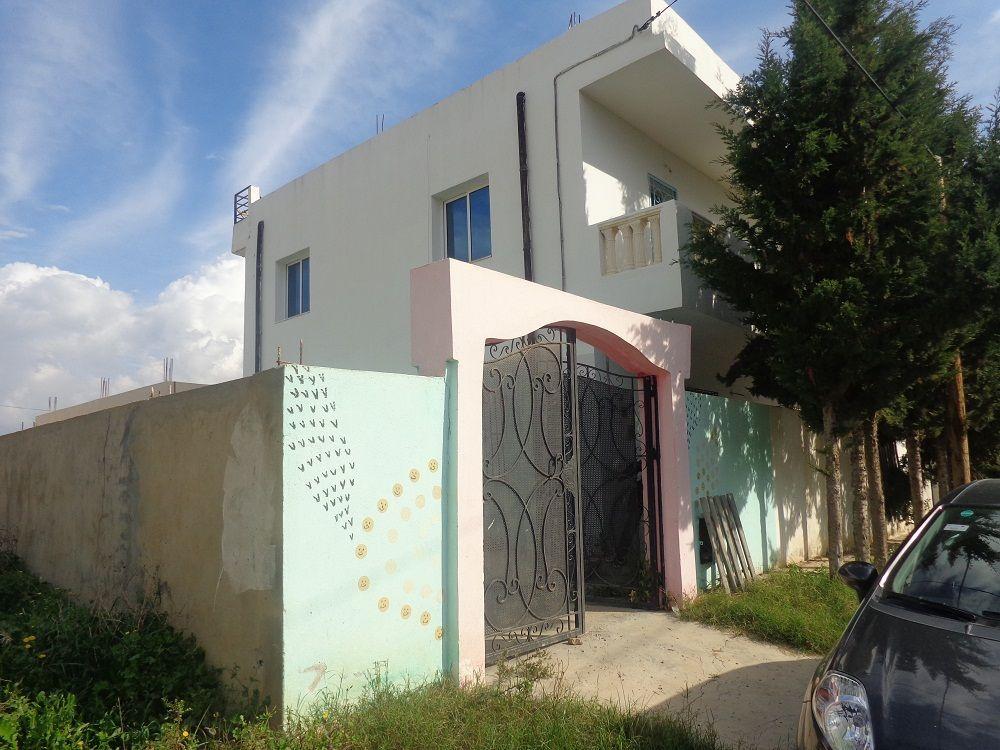 deux maisons superposé à Hammamet sud