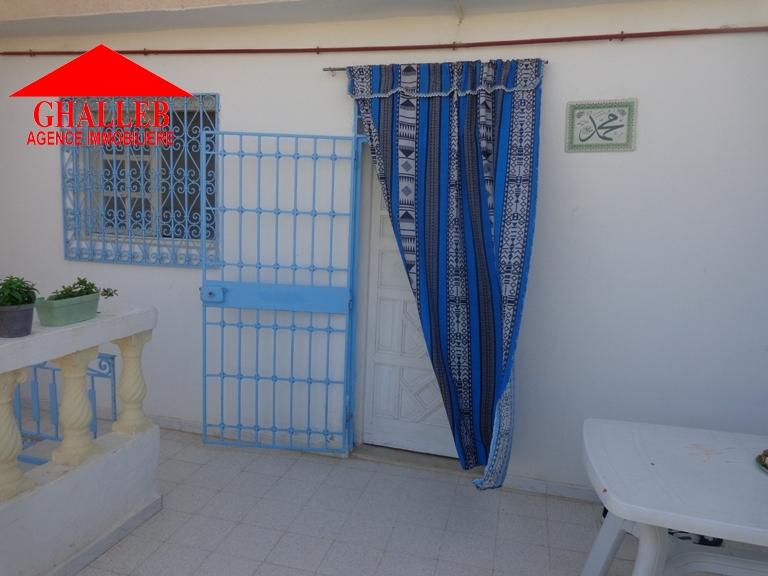 maison sur trois niveaux à Hammamet