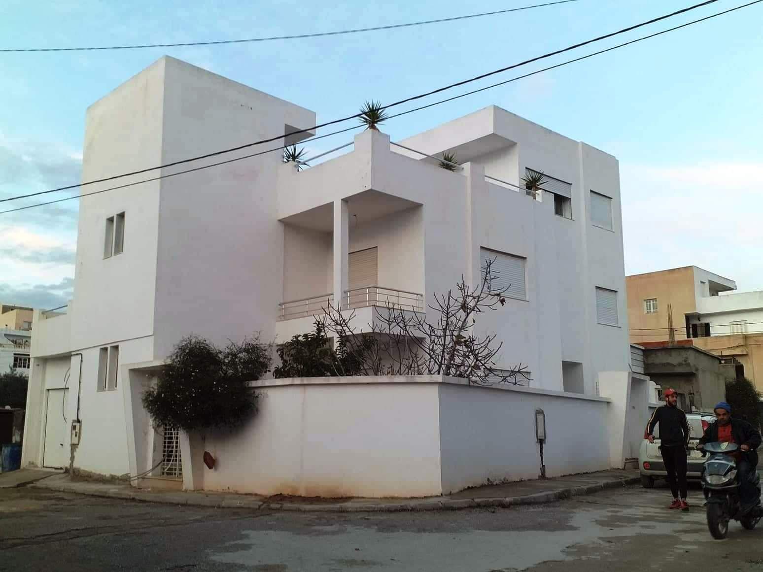 av grande villa à Hammamet nord y