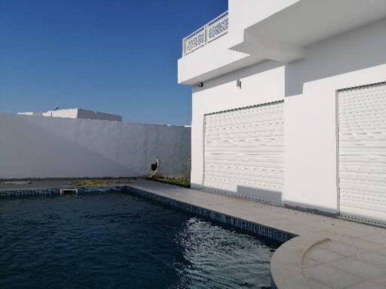 villa avec piscine en plein yassmine Hammamet y