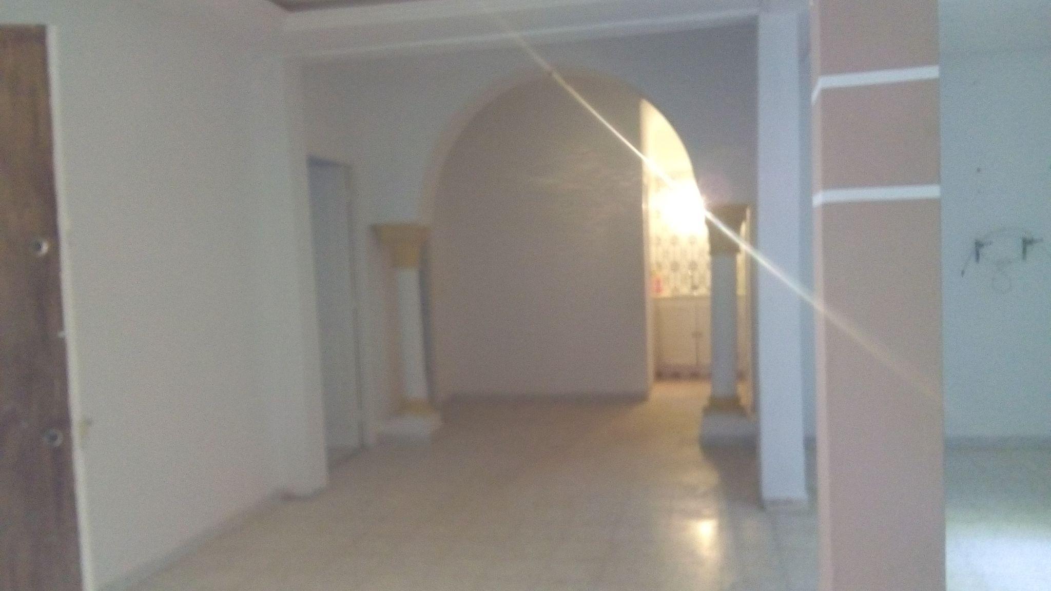 A vendre belle maison avec garage à Hammamet